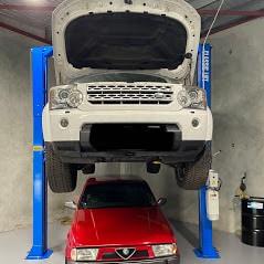 Car Hoist Classic Lift 4000C 4 Tonne 2 post Hoist 1