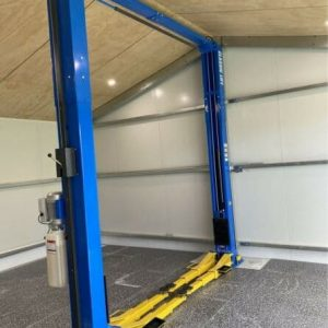 Car Hoist Classic Lift 4000C 4 Tonne 2Post Hoist