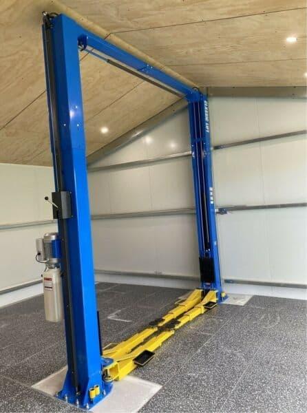 Car Hoist Classic Lift 4000C 4 Tonne 2Post Hoist