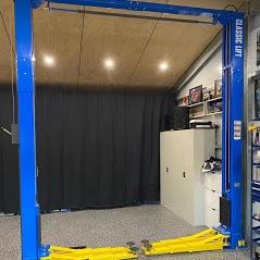 Car Hoist Classic Lift 4000C 4 Tonne Two post Hoist 1 1