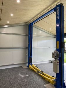 Car Hoist Classic Lift 4000C 4Tonne 2post Hoist