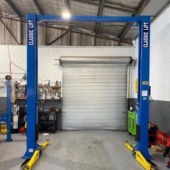 Car hoist classic 4.5tonne 2post hoist a 1