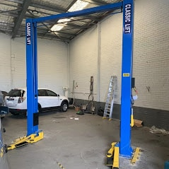 Car hoist classic 4.5tonne 2post hoist d 1