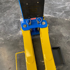 Classic Lift 4000C 4tonne clearfloor 2Post 1 2