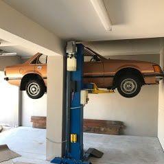 Classic single post lift SL2500 1 2 1