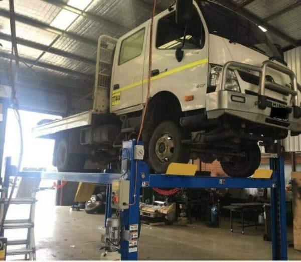 Truck hoist Classic Lift 8 Tonne CL18TL 4 post Hoist 1