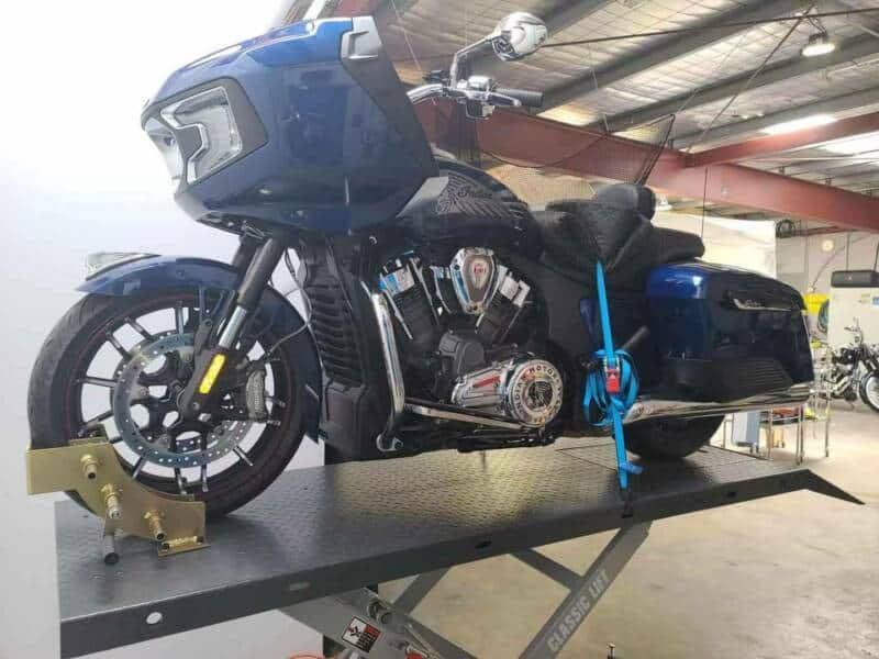 Motorcycle Lift Classic Lift motocycle hoist 600kg 1