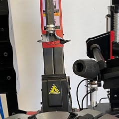 Classic CL878TS Leverless Tyre Changer with Assist Arm l